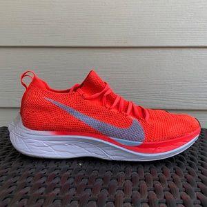 Nike Vaporfly 4% Flyknit Running Shoe M 6 / W 7.5